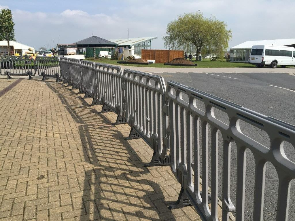 boss is barrier The boss barrier is an innovative approach to managing busy public areas manufactured from recyclable blow moulded high density polyethylene.