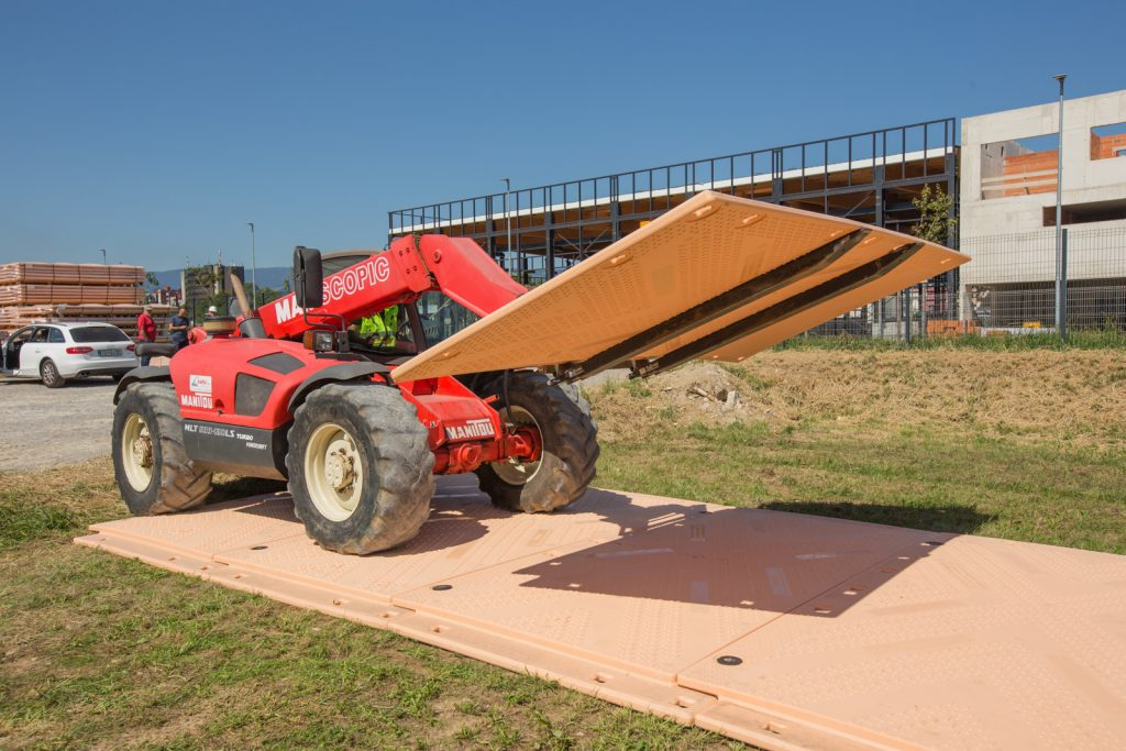 Isotrack X Heavy Duty Ground Protection Mats Temporary